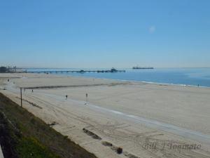 LONG BEACH PIER IN SAN PEDRO BAY