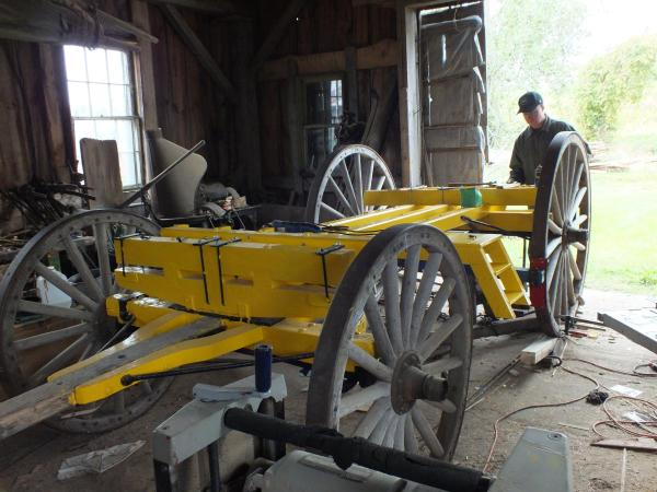 STAGE COACH AND BLACKSMITH COURTNEY MEASURING FOR JACKS