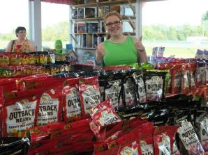 PERHAM HS SENIOR GIVES TWO THUMBS UP TO KLN OUTBACK BEANS at Minnesota's Largest Candy Store