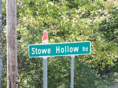 STOWE HOLLOW RD
