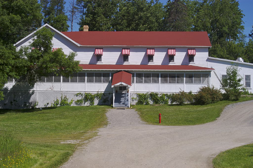 KETTLE FALLS HOTEL - NATIONAL PARK PHOTO